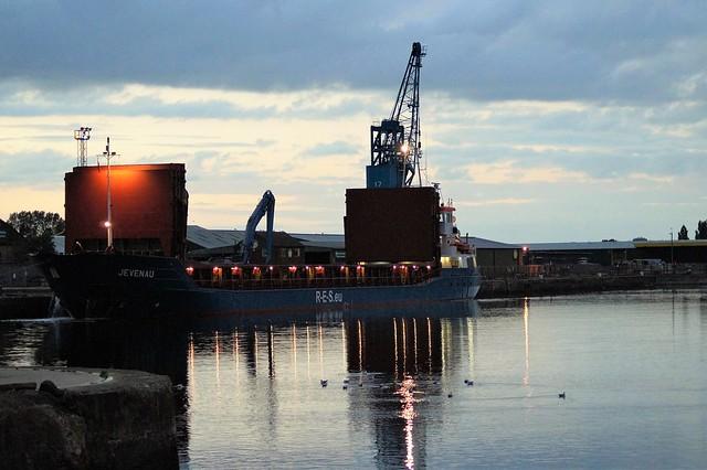 DSC05698. (2).   General Cargo vessel
