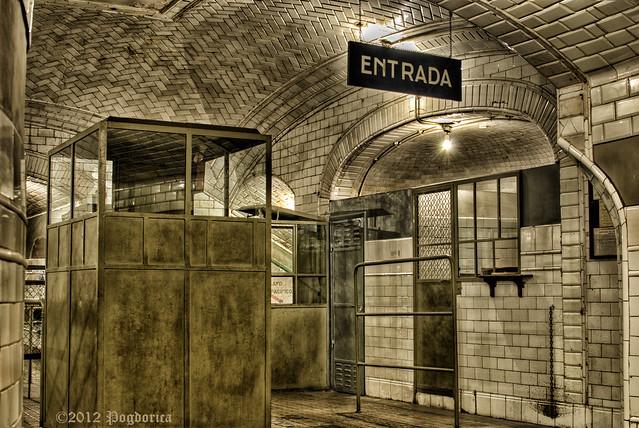 Entrada Metro Chamberi