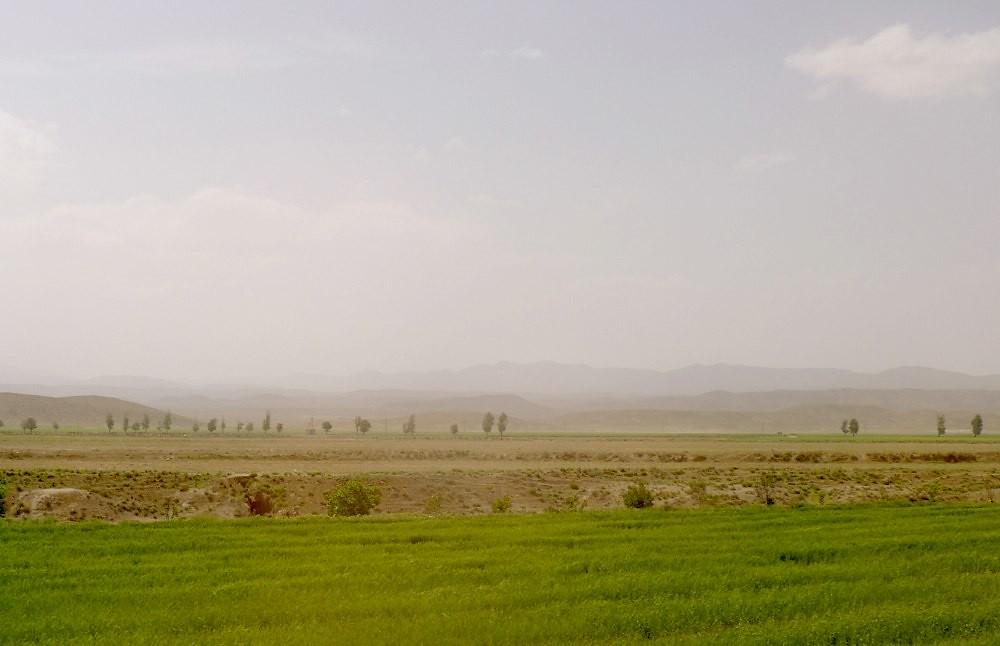 yazd-shiraz-L1030102