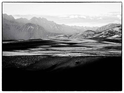travel sunset black mountains americalatina nature montagne blackwhite nikon tramonto natura ombre perù adventure viaggi bianco biancoenero contrasti avventura tranquillità naturaperfetta chiarosccuro me2youphotographylevel1