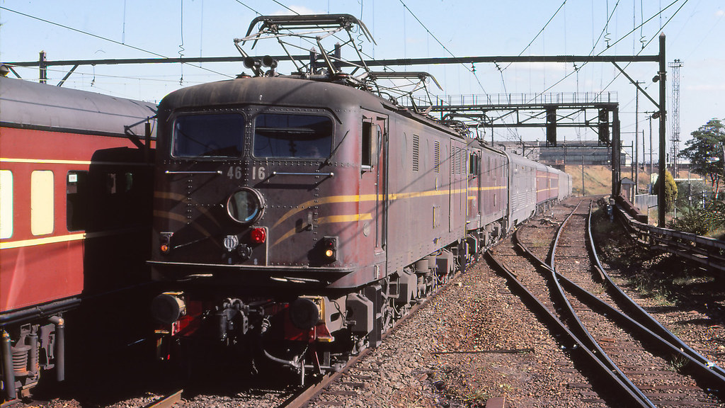 NSWGR_BOX007S02 - 4616,4636 at Strathfield with the Indian Pacific by michaelgreenhill