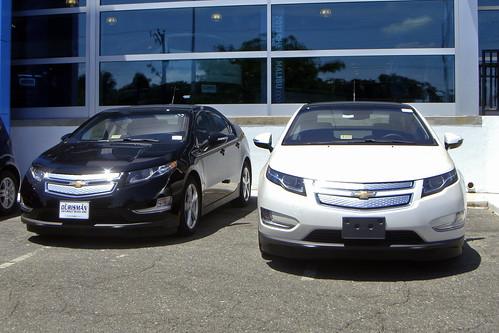 2012 Chevrolet Volt plug-in hybrid Photo