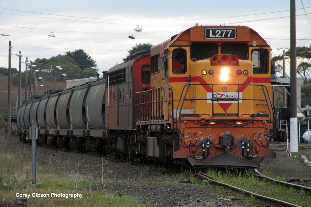 L277 & S302 arrive at Portland Yard by Corey Gibson