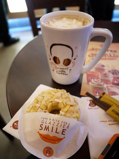 Hazelnut Latte and an Alcapone donut at J.Co Donuts & Coffee | by karlaredor