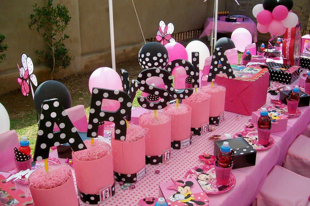 Quot Pink Amp Black Minnie Mouse Party Quot Treasures And Tiaras