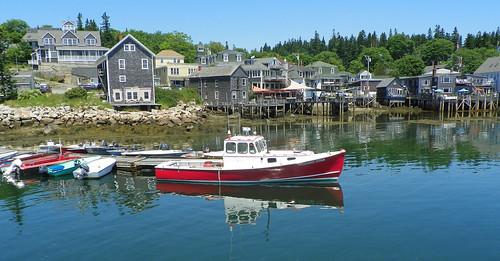 harbor pier maine wharf lobsterboat deerisle stonington gulfofmaine