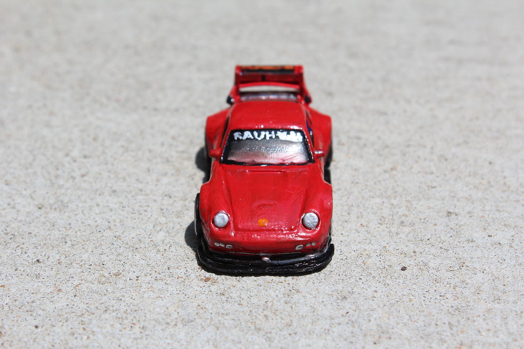RWB Porsche 993 - Hot Wheels Custom | Ground clearance is ab