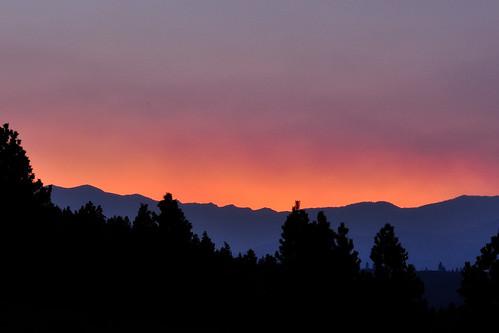 pink sunset sky orange mountains nature beauty skyline forest fire purple smoke gradient methow vallye