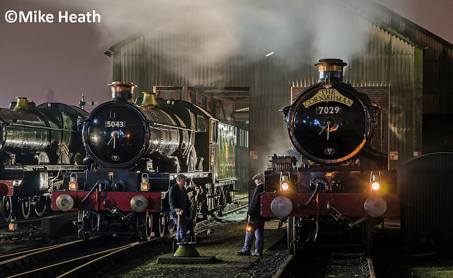 Castles on shed at night - Tyseley - 13 April 2018  (6)