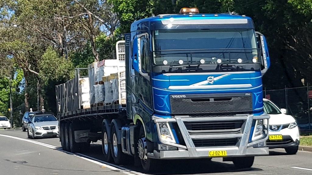 VOLVO FH at Cherrybrook, NSW