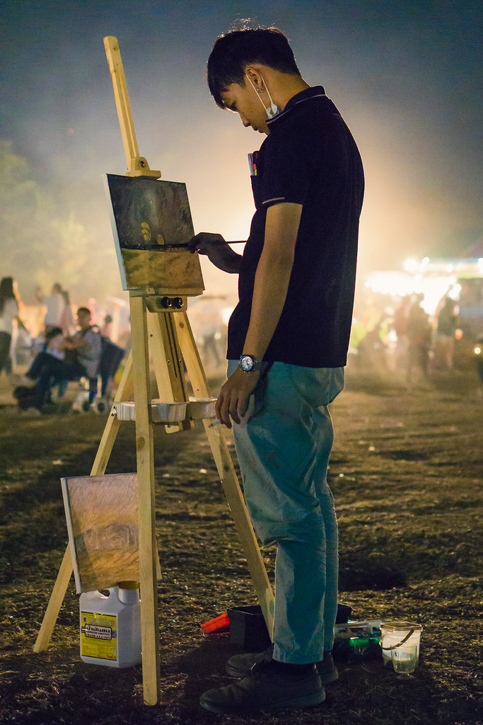 Painter at the festival