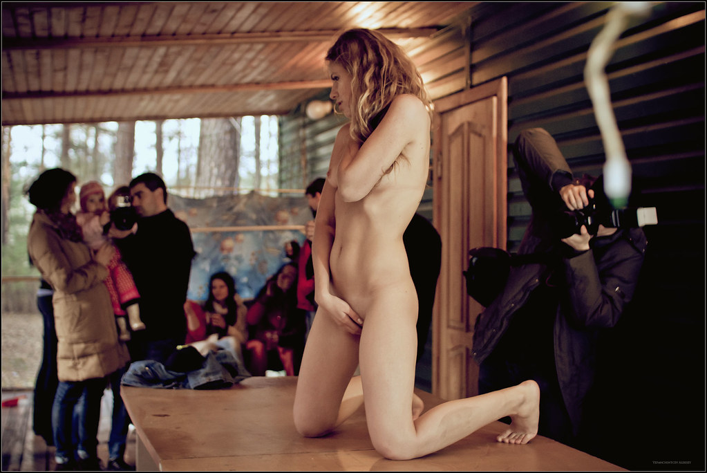 Free nude fashion show runway models