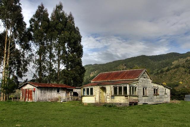 Old house, Matakitaki Valley, Murchison, Tasman, New Zealand