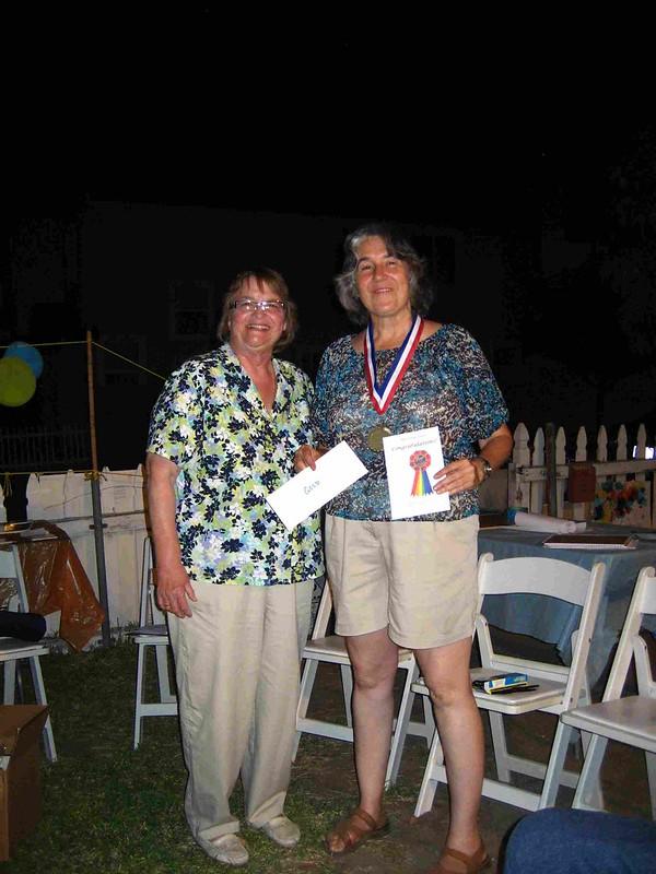 Poet Laureate presents gold to winner