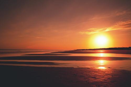 sunset sun reflection beach nature water 35mm landscape golden nikon glow goldenhour d700 35mmf14g
