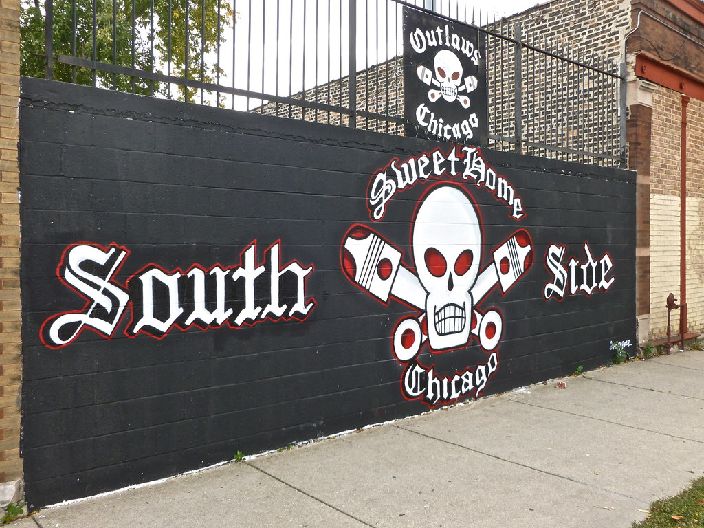 Updated Outlaws MC Wall on 25th/Rockwell  | He put the strap