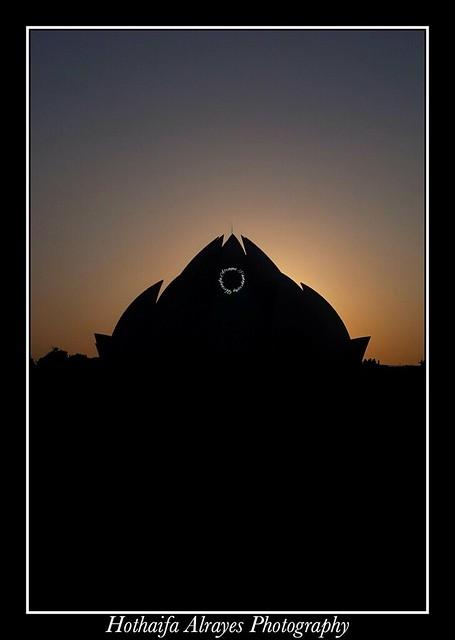 #india #monument #monuments #delhi #lotustemple #bahaitemple #newdelhi #new_delhi #silhouette #indianphotosociety #ips #indianphotos   #الهند #نيودلهي # دلهي #معبد_اللوتس #المعبد_البهائي #سلويت #تصوير #تصويري # فوتوغرافي