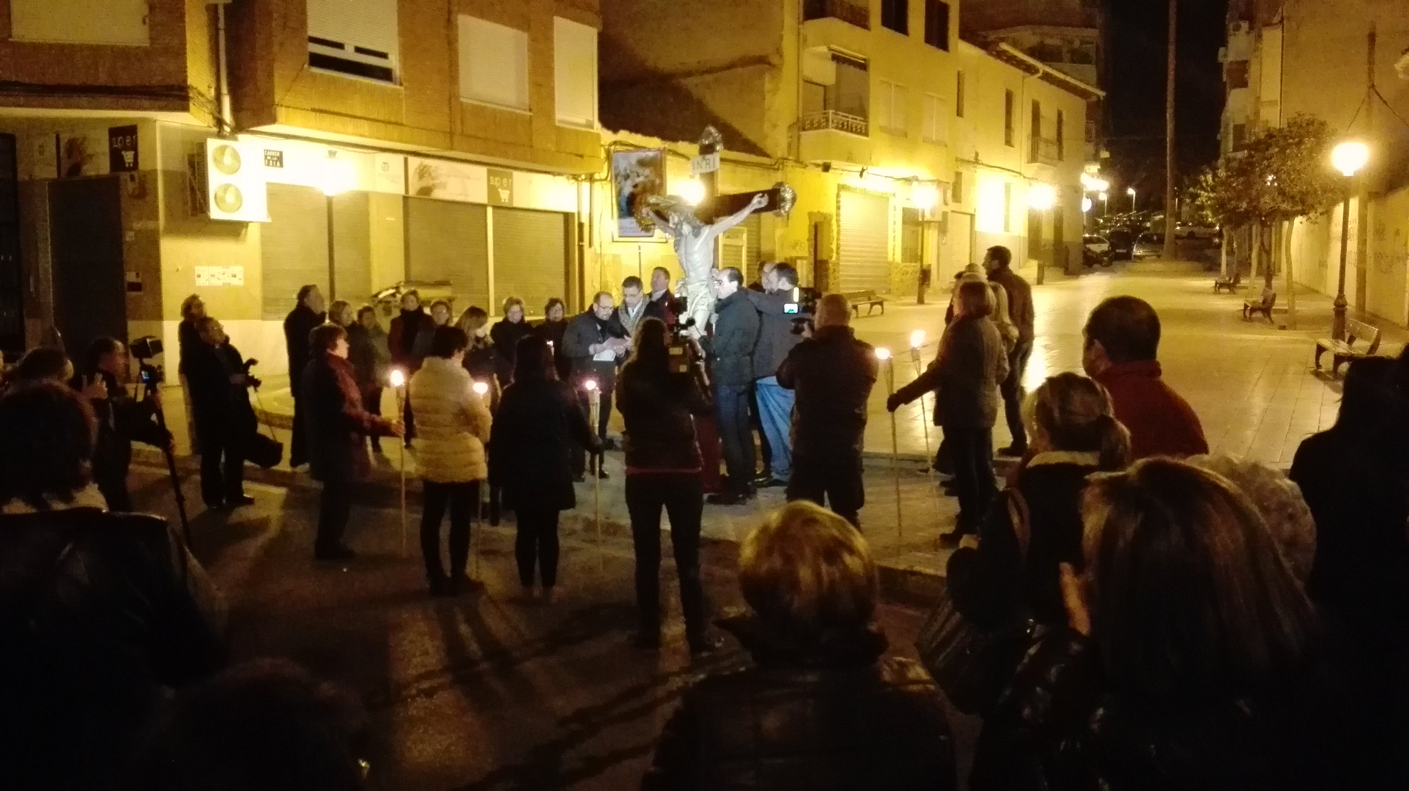 (2016-03-18) - VII Vía Crucis nocturno - Javier Romero Ripoll (003)