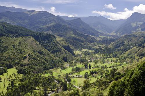 del colombia valle provincia paesaggi salento quindio cocora acaime
