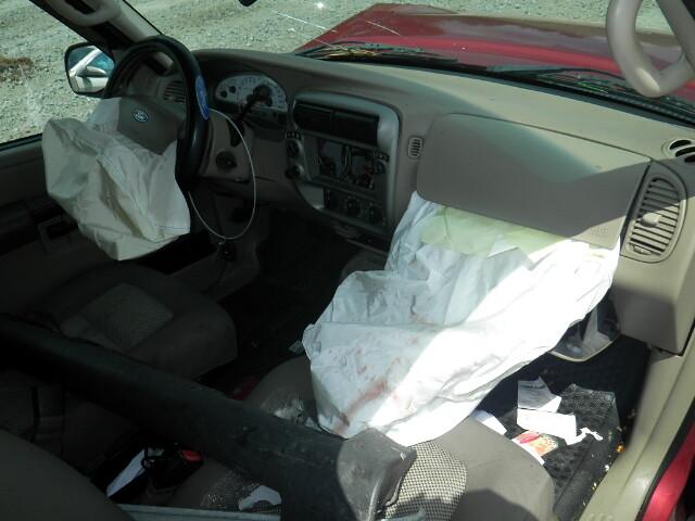 Ford Explorer deployed airbag   Passenger side airbag in ...