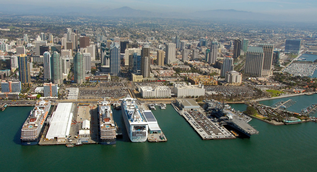 Cruise Ships best summer vacation in USA