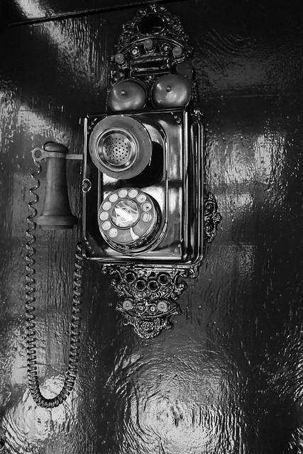 Vieux Téléphone Britannique