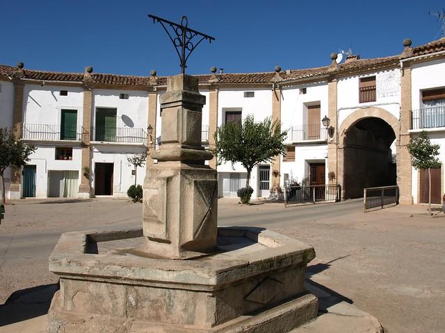 Plaza ochavada de Chodes