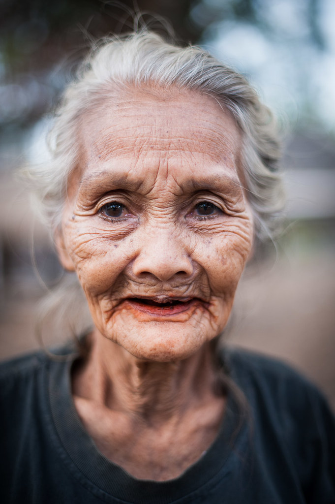 Old Lady from Lombok | This old lady lives in a small ...