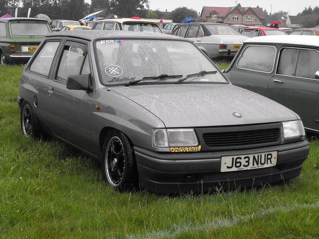 Vauxhall Nova - J63 NUR