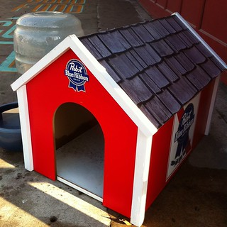 Pabst Blue Ribbon doghouse | by annainaustin