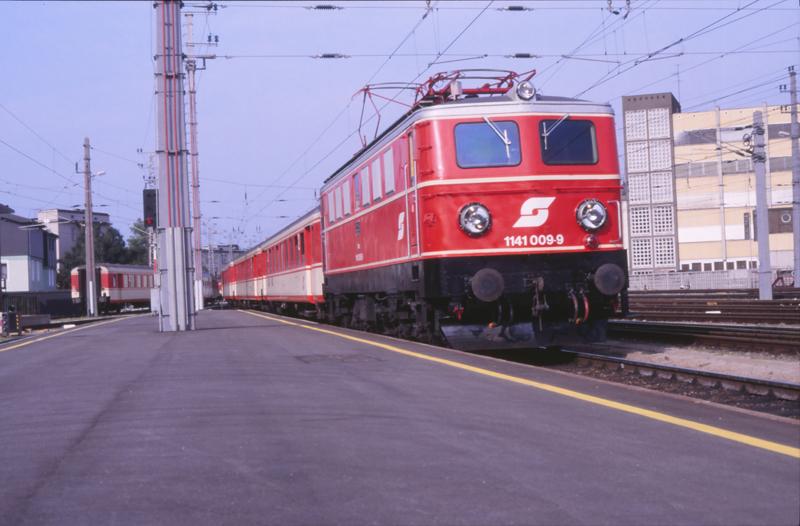 4569 Linz 5 september 1987 by peter_schoeber