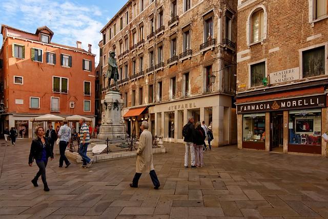 Venice : Campo San Bortolomeo