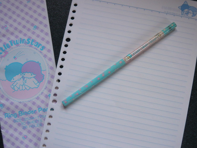 LITTLE TWIN STARS vintage ring binder paper refill - pencil