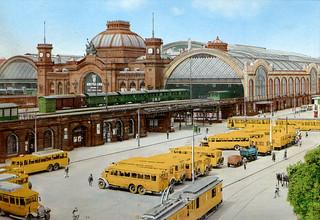 Dresden - Hauptbahnhof (Postcard c.1930)