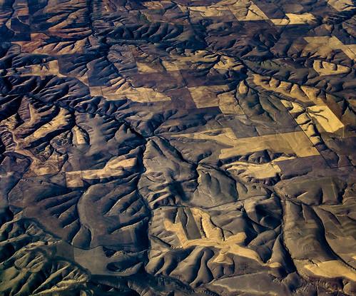 orange brown abstract texture oregon arlington quilt unitedstates farmland hills wrinkles crazyquilt goldenhour ravines aeriallandscape fav10 longlight uscopyrightregistered2012 dl1287