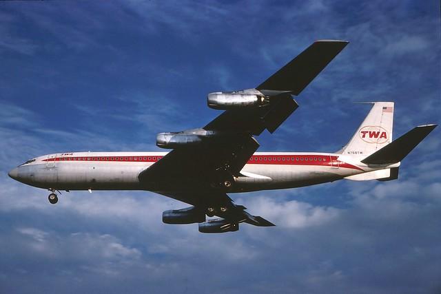 N768TW TWA 707-331 cn17684........ landing at KCLE