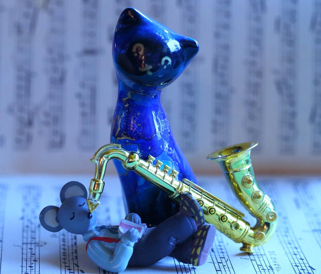 MacroMondays #TheBlues   Tom And Jerry : Blue Cat Blues (19
