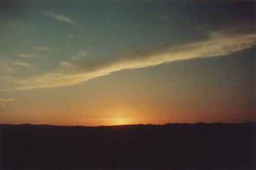 film analog 35mm colornegativefilm canona1 colorimplosion filmgrain light sky contrast cloud sunset dusk westernmass adoxcolorimplosion100 analogue summer dreamy eveningwalks inthemeadows lastlight