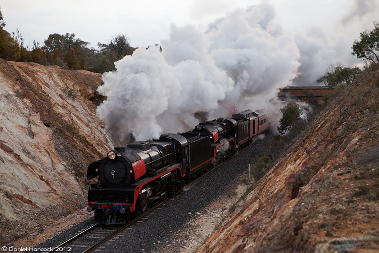 R707 leads R761 as the two mighty hudsons prove Chewton bank to be a cake walk! by Dan Hancock