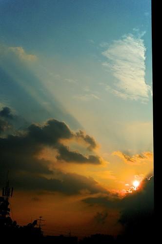 50mm aperture apsc bangkok bokeh cloud cloudscape cmos digitalfilm dxo dxofilmpack f14 fastlens filmlike fuji fujixpro1 fujifilm fujifilmxpro1 fujinon grain hdr landscape lens photomatix raw rpp silhouette sky sunrise sunset thai thaiphotographer thailand tonemapped tthdr xmount xpro1 xtrans xf xp1 xpro 1 fujix x skyathome vsco mirrorless lightroom art colorful beautiful light vscofilm life fujifilmcamera