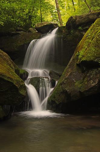 gsmnp grottofalls smokymtswd 057pedited1