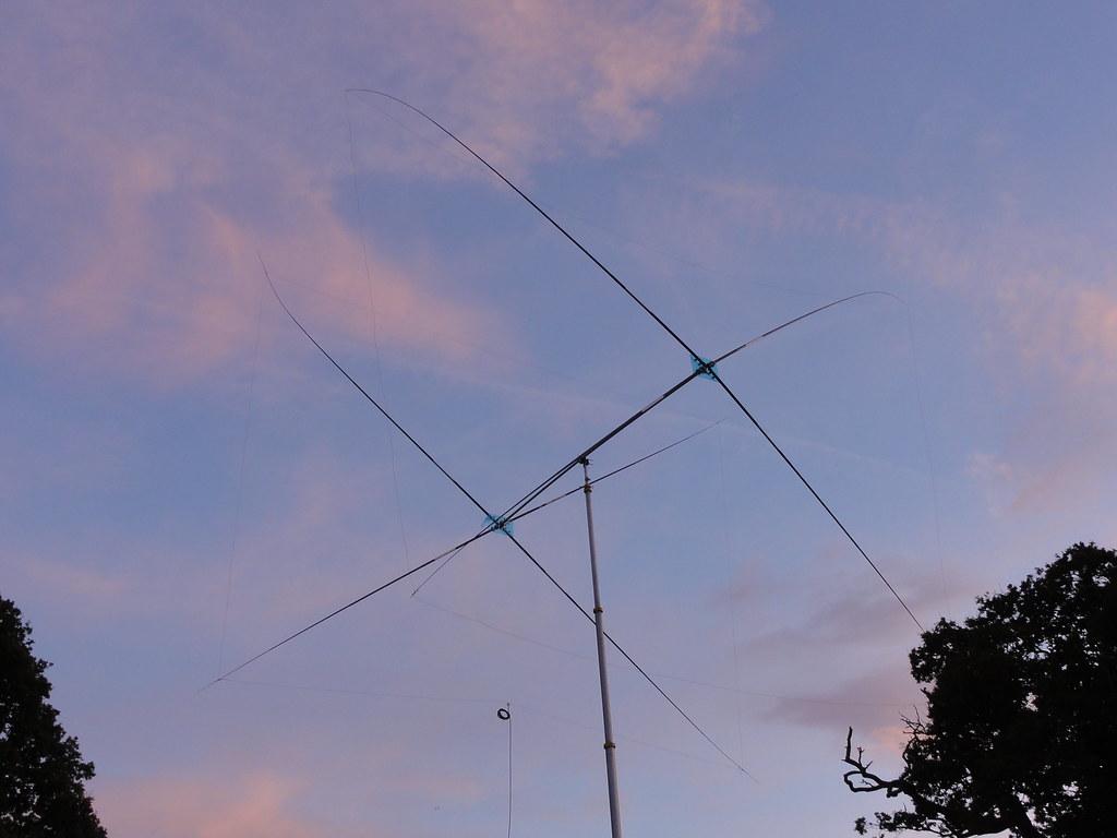 HF homebrew 20m Quad antenna    Home made 20m Quad   Dave TAZ   Flickr