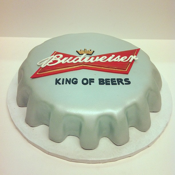 Astonishing Budweiser Cap Birthday Cake Austin Customcake Polkadots Flickr Personalised Birthday Cards Cominlily Jamesorg