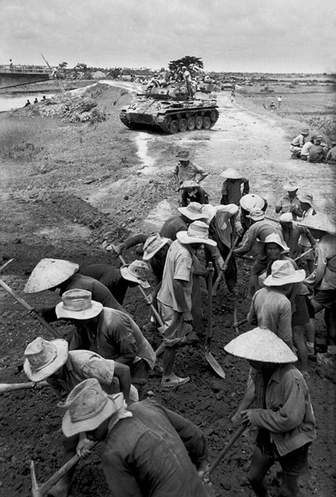 Image result for robert capa vietnam photos