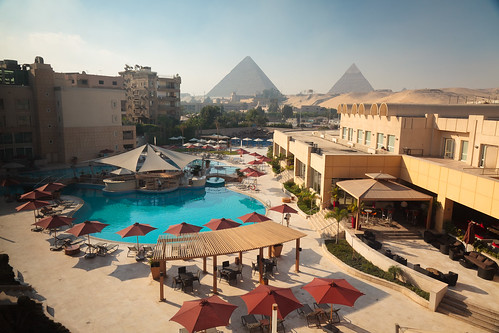 morning pool sunrise hotel pyramid egypt cairo giza 2012 lemeridienpyramids view2012cairoegyptgiza