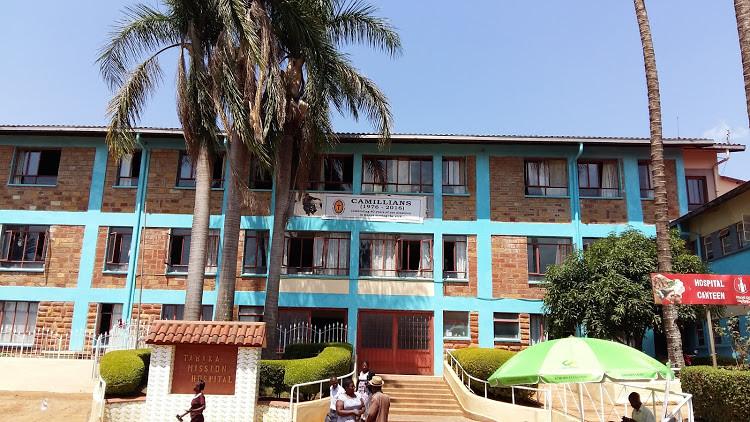 Tabaka, facciata dell-ospedale