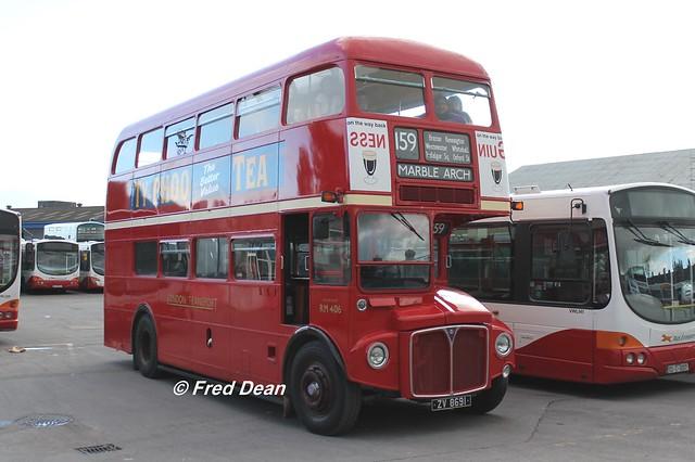 London Transport RM 406 (ZV 8691).