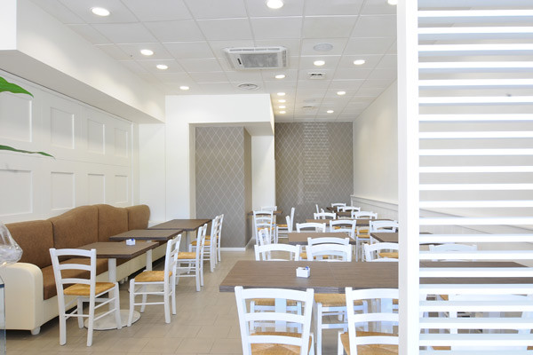 White cafe design   Cafe design ideas, white colour. Marchi ...