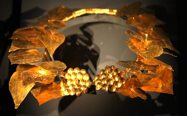 Gold Ivy Wreath 350BC Sevasti, Macedon. Thessalonica Archaeological Museum