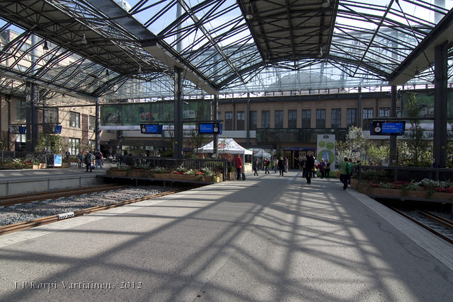 Helsinki Railway Station in May 2012 - B7